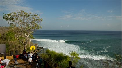Countdown To 2017 Rip Curl Cup Padang Padang Begins Amid Epic Indonesian Surf Season