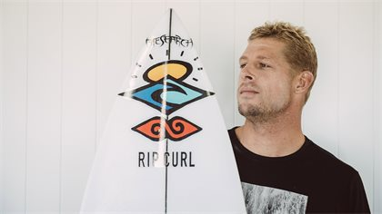 Mick Fanning And Mason Ho Are Going On The Search