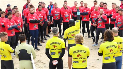england rugby stars shine on the cornish coast during a secret training camp with newquay activity centre