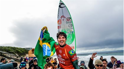 Gabriel Medina Becomes the First Goofy Footer to Win the J-Bay Open in 35 Years